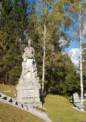 Das Denkmal aus fast der gleichen Perspektive im Oktober 2019.