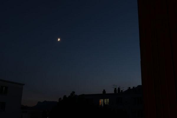 marmotte/2020.08.24 21:00/フランス、グルノーブル、自宅の窓から