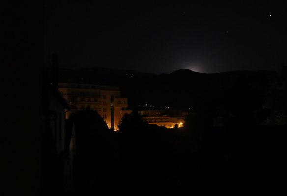 marmotte/2020.07.06 23:47/フランス、グルノーブル、自宅の窓から
