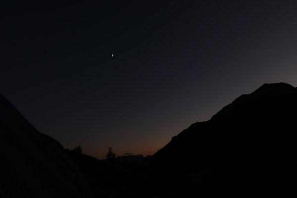 marmotte/2020.07.26 21:29/フランス、エクラン山脈、スフル小屋の近く