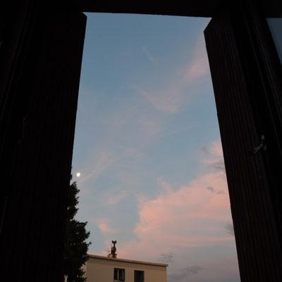 marmotte/2021.06.28 05:45 /フランス、グルノーブル、自宅