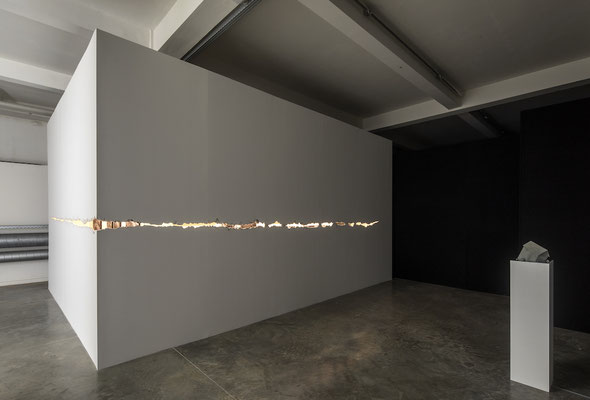 Installation view STUK, 2020. Photo Kristof Vrancken""