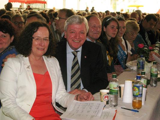 Präsidentin Hildegard Schuster mit Volker Bouffier, Hessischer Ministerpräsident