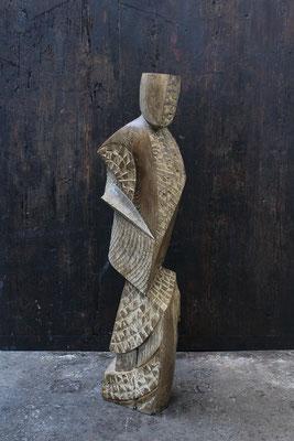 Fou, pièce savante, 2016, oachred oak, 125 x 38 x 29 cm <br> © Mathilde de Torhout