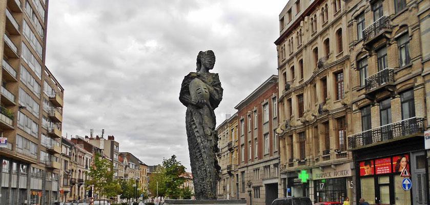 Vue in situ de Judith, Place Albert I, Bruxelles