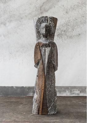 Présence de siècles, 2008-2014, whitewashed oak, 208 x 57 x 56 cm <br> © Frédéric Ducout