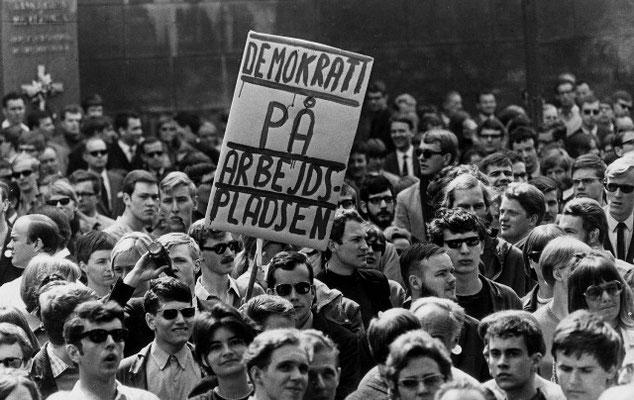 Arbejder-studenter - demo imod regeringen