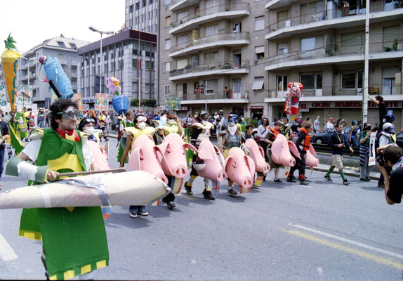 Genova,  juli 2001 : Tute Bianche / disobbedienti - blokken