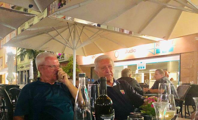 Letzter Abend auf dem Münsterplatz