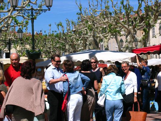 Wochenmarkt in Barjols