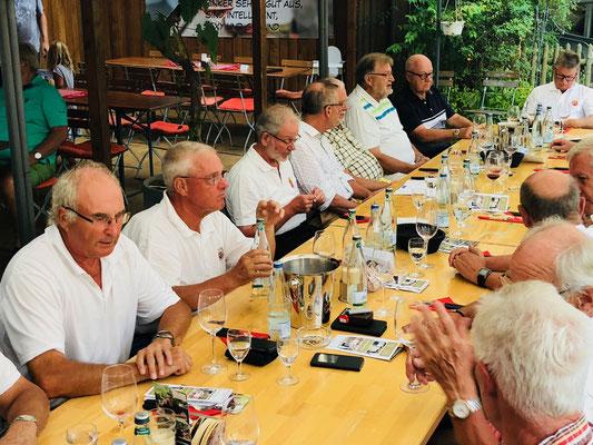 Zur Weinprobe im Weingut Zimmermann
