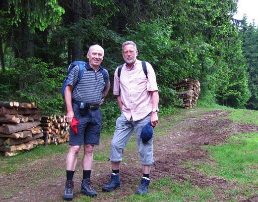 Rainer und Manfred - ein eingespieltes Wanderteam als rüstige Senioren-Genießer.
