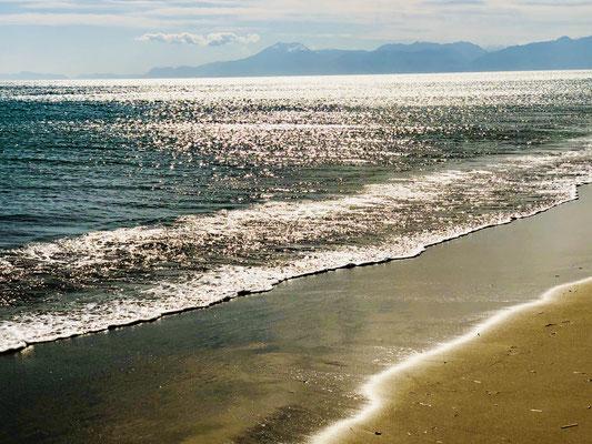 März-Sonne am Strand