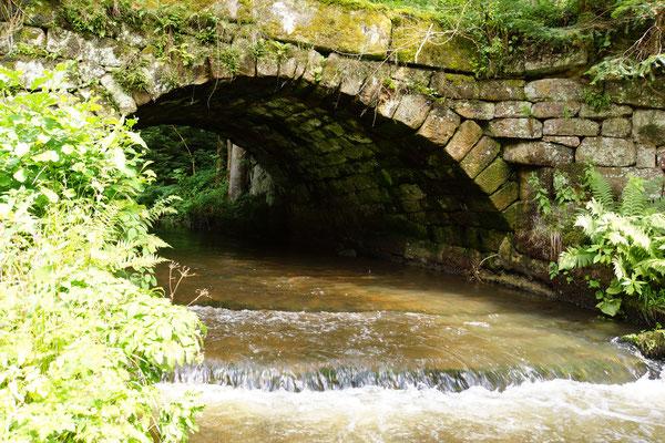 massive Brücken ...