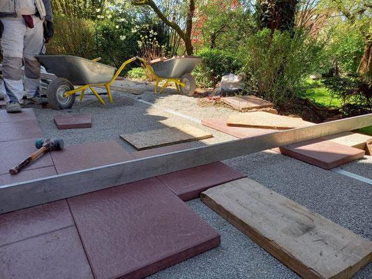 MADEJA e.K. Terrassenbelag fachgerecht ausgeführt mit Steinplatten