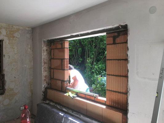 Fensteröffnung Herstellung für ein Fenster von unseren Maurern MADEJA e.K.