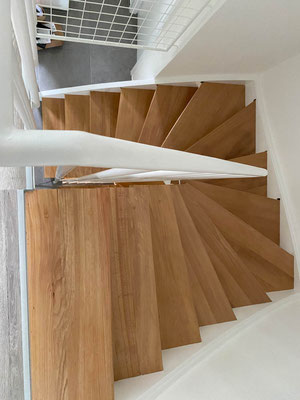 MADEJA e.K. Treppensanierung einer Holztreppe.