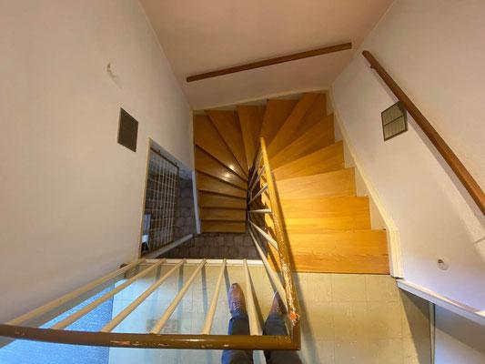 MADEJA e.K. Treppensanierung einer Holztreppe