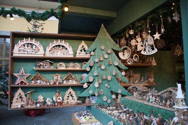 Weihnachtsmarkt Hellbrunn