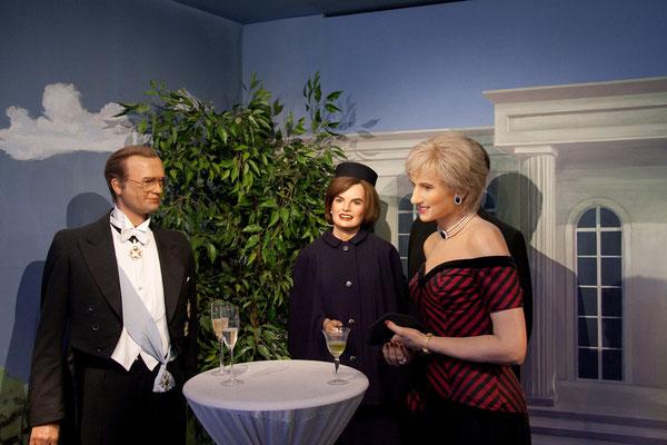 25.07. Panoptikum: J. Kennedy & Lady Diana
