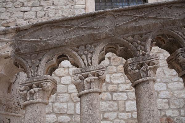 21.09. Dubrovnik - Wir besuchen das Dominikanerkloster mit schönem Innenhof und Kreuzgang