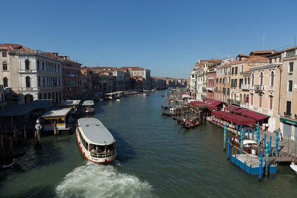 01.07. Ponte di Rialto: Blick auf den Canal Grande