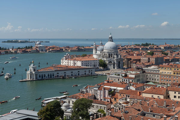 02.07. Blick auf Giudecca, Punta della Dogana & Santa Maria della Salute