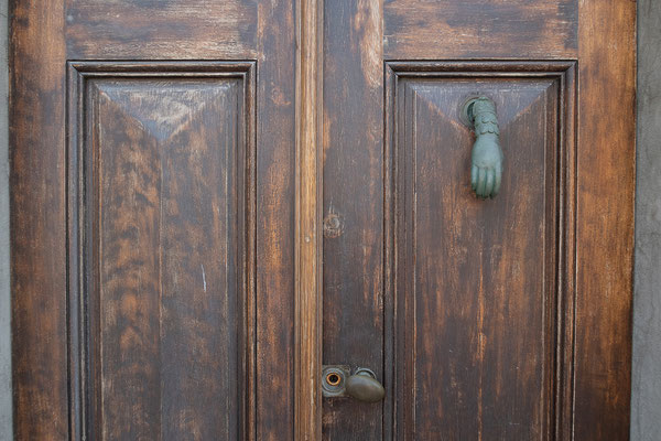 30.05. Wir besuchen das Städtchen St. Florent. Wie immer, gefällt es uns hier sehr gut.