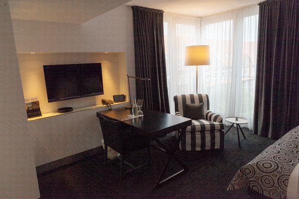 21.06. Madison Hotel