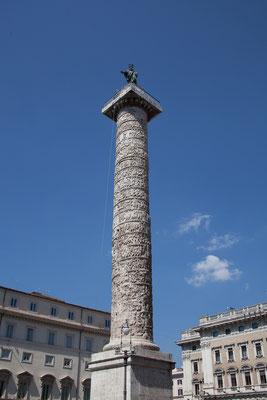 22.05. Piazza Colonna