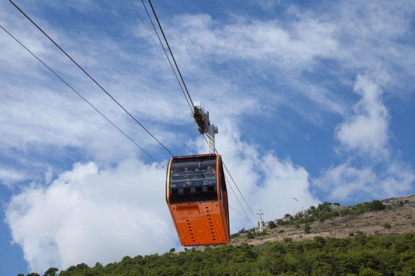 21.09. Dubrovnik - mit der Seilbahn geht es wieder Richtung Stadt