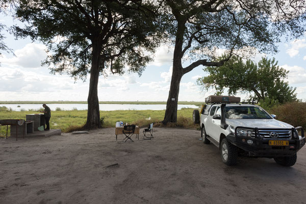 04.05. Chobe NP - Linyanti Campsite; wir verbringen einen gemütlichen Nachmittag auf der Campsite.