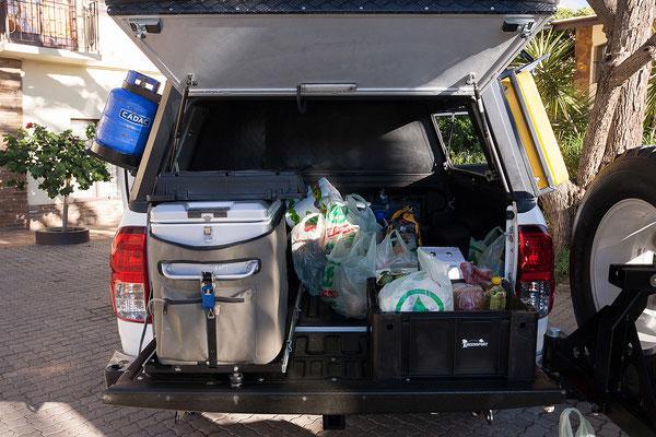20.4. Die Verteilung des Gepäcks auf der Ladefläche muss noch optimiert werden.