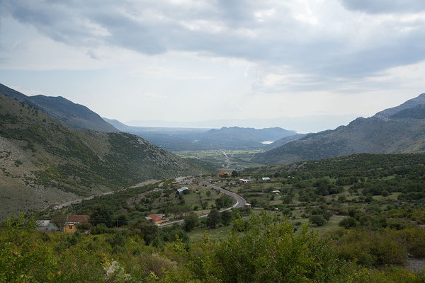 14.9. SH20, der Blick reicht bis zum Shkodra See/Liqen i Shkodrës