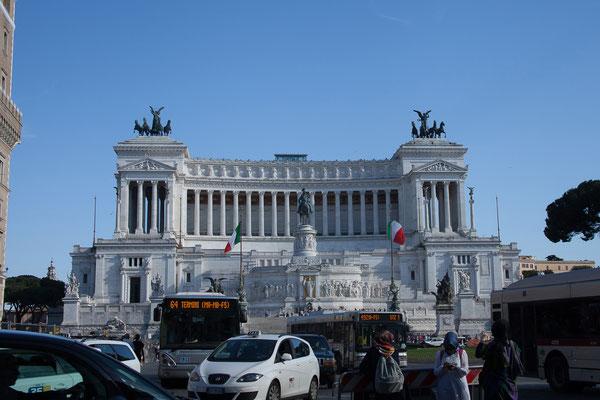 21.05. Piazza Venezia, Vittoriano