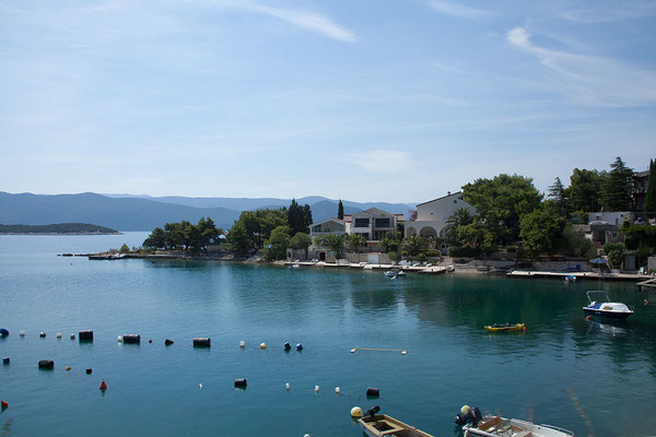 4.9. Ein kleines Stück Küste gehört zu Bosnien und Herzegowina.