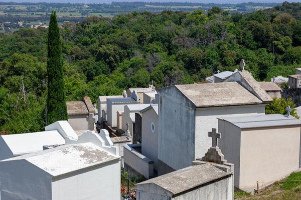 22.5. Vescovato; der Friedhof liegt immer etwas außerhalb des Ortes.