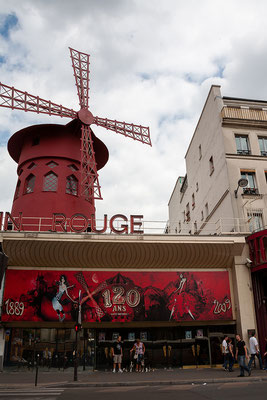 13.06. Montmartre: Moulin Rouge
