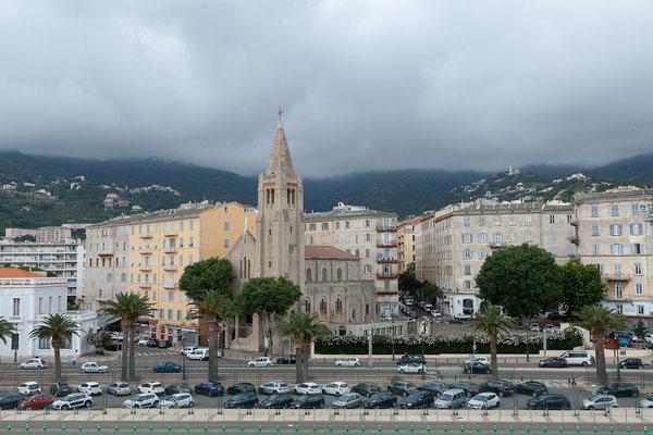 06.06. Unsere Fähre legt üm 16:15 ab und wir blicken zurück auf Bastia.