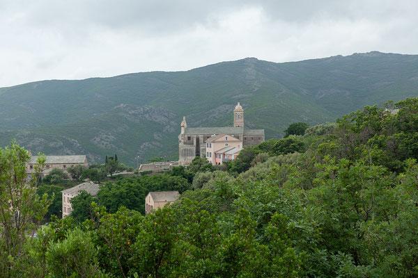 28.05. Auf dem Weg nach Barcaggio mit Blick auf Rogliano