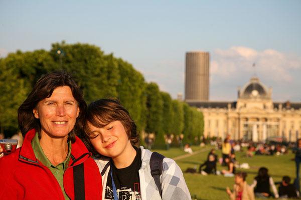11.06.  Abendspaziergang zum Champs de Mars