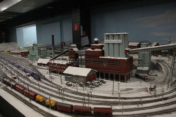 24.07. Nahe der Mine Kiruna beginnt das Permafrostgebiet im Miniaturwunderland.