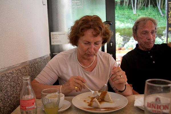 Mittagessen in Srpenica