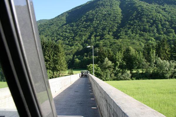 Sočabrücke bei Volarje