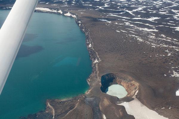2.8. Rundflug - Öskjuvatn & Viti Krater