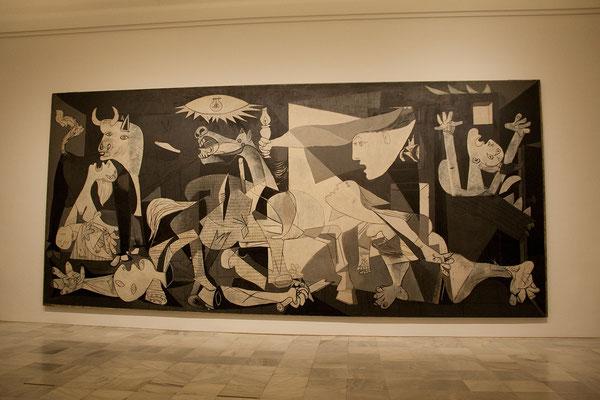 """24.09. Die Hauptattraktion ist unumstritten Picassos großartiges Werk """"Guernica""""."""