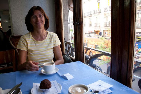 25.09. Puerta del Sol: Kaffee & Kuchen im La Mallorquina