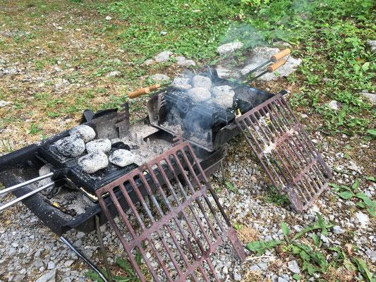 20.06. Camping Pivka Jama: Jaffles Test