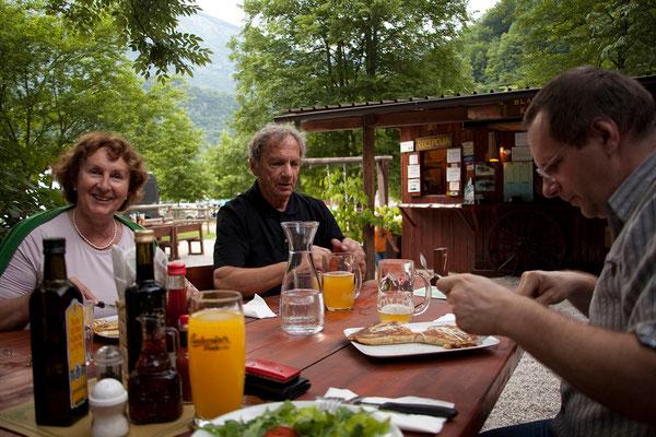 Kamp Lazar - Abendessen