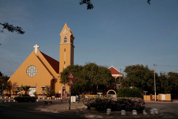 Kralendijk - die gemütliche kleine Inselhauptstadt ist immer einen Besuch wert!
